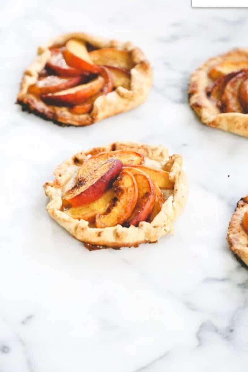 mini peach galettes
