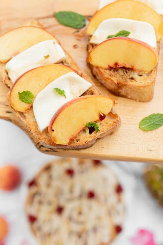 peach mozzerella crostini close up