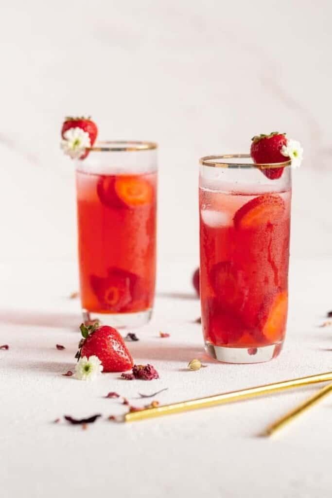 Horizontal shot of the strawberry iced teas