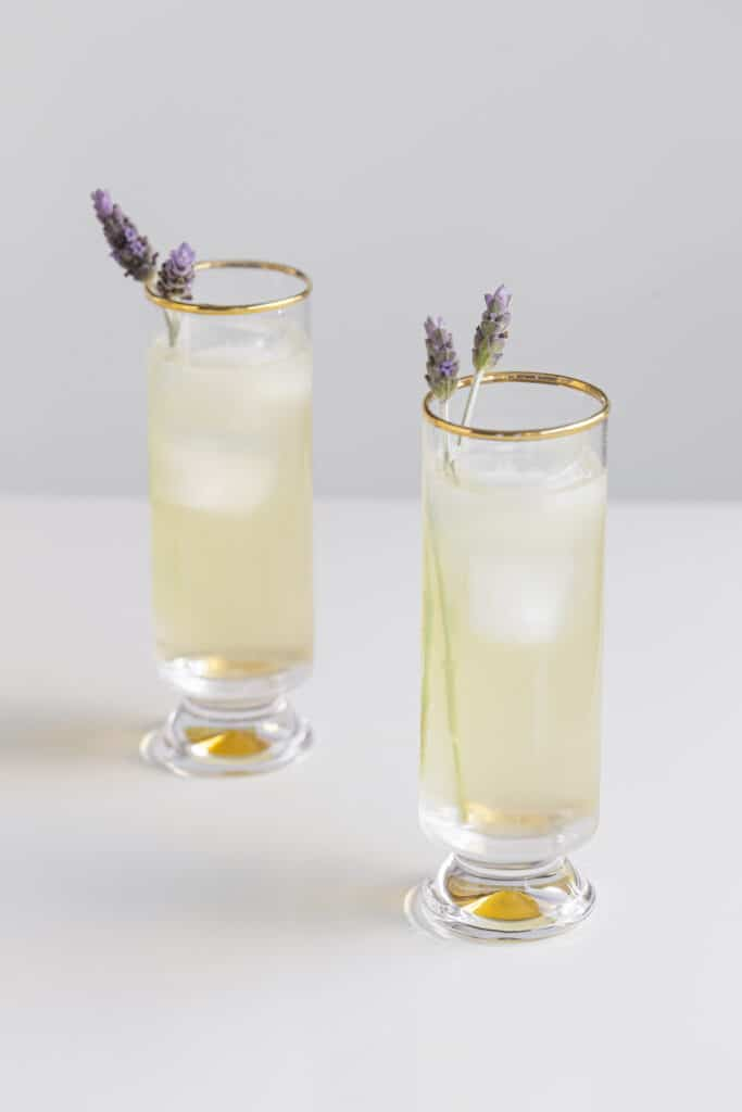 Lavender lemonade alcoholic drink with lavender stems